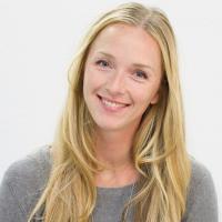 Jolande Amoraal graphic Designer spark boutik